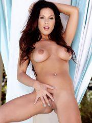 Kirsten Price sexy girl strippin pics