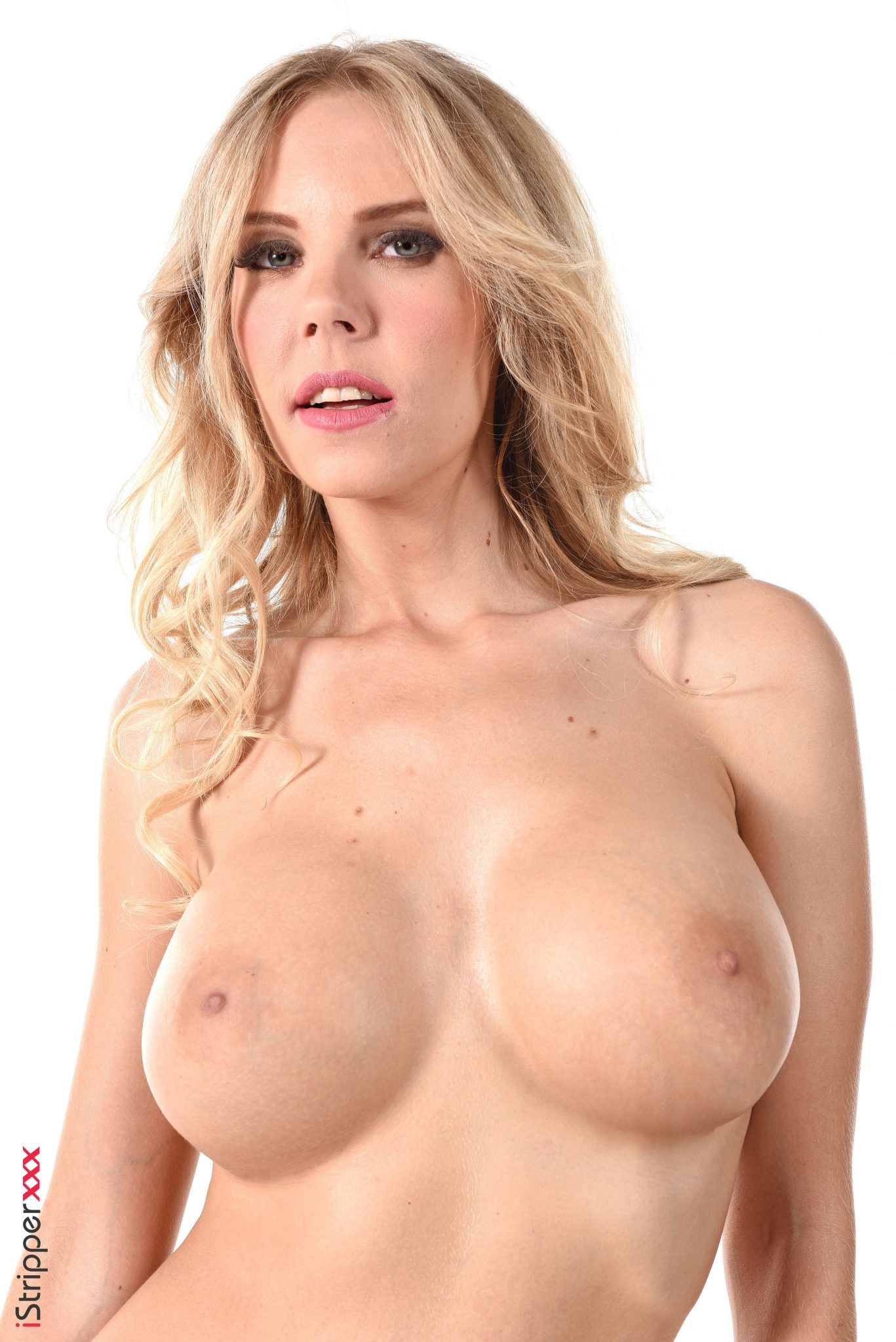 Big Titted Blonde Full Strip Tease Watch Florane Russell (8)