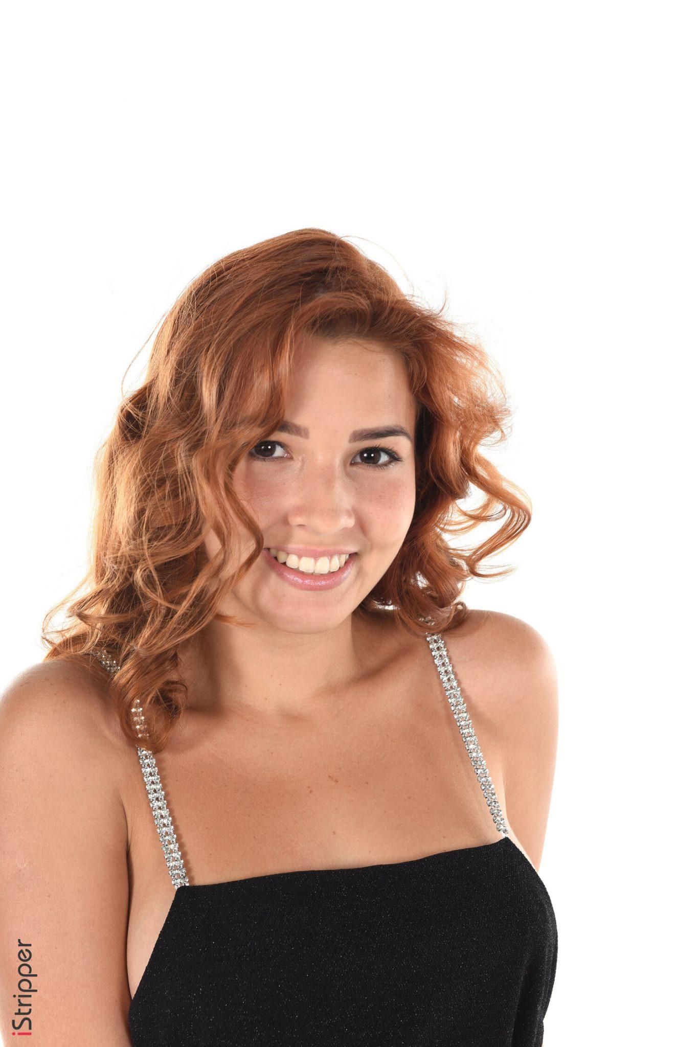 Fantastic Redhead Sexy Girl Stripping Pics Watch Agatha Vega 2