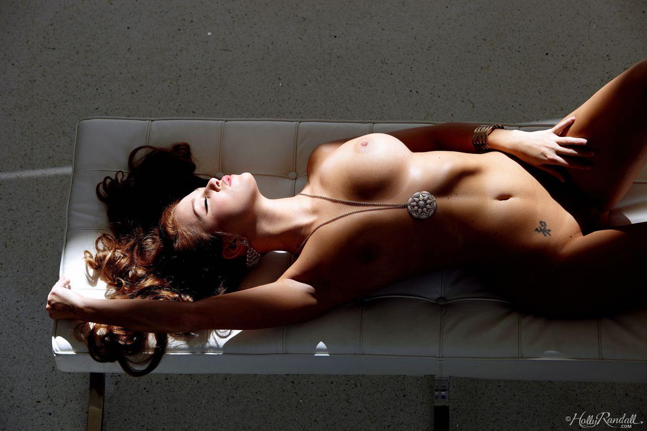 Lovely Babe With Big Boobs Leanna Decker Strip Nude (11)