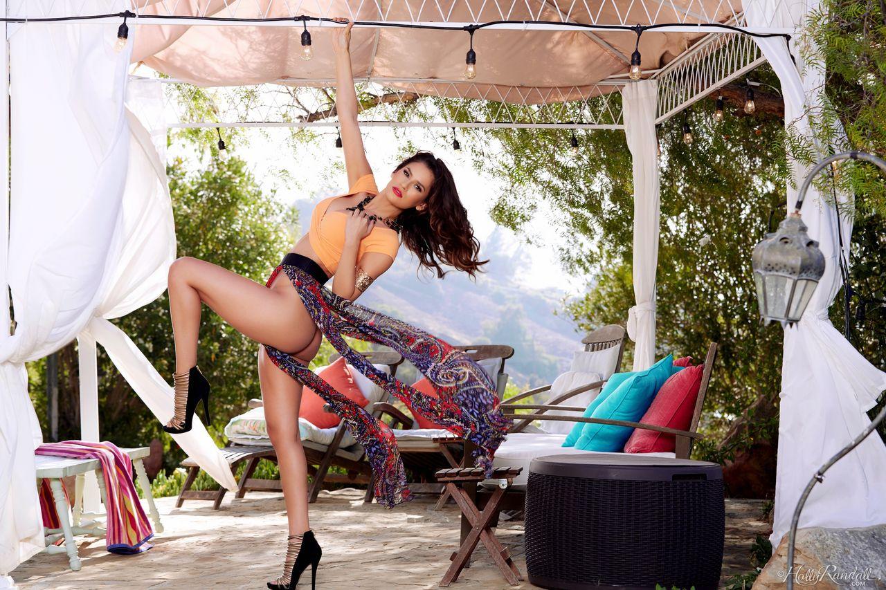 Nude Strip XXX Watch Gorgeous Erotic Model Vanessa Veracruz (2)
