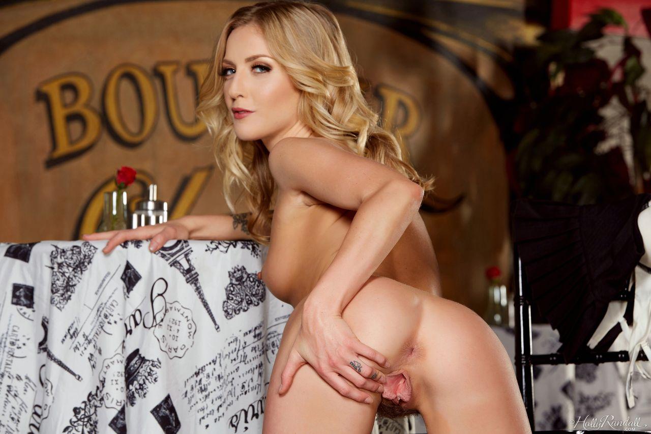 Nude Striptease Watch Blonde Sweet Heart Karla Kush (8)