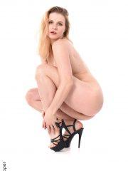 sexy strip porn blond babe Takha