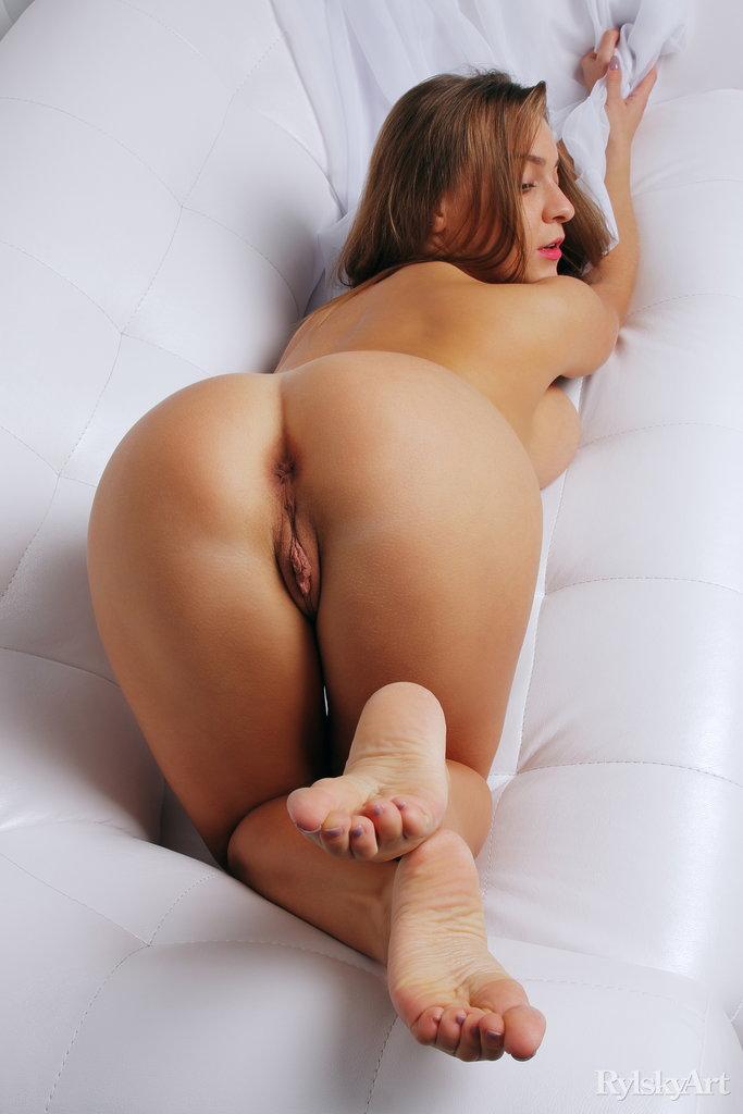 Sexy Ukrainian Busty Strip Hot Babe Teasing Watch Josephine Jackson 15