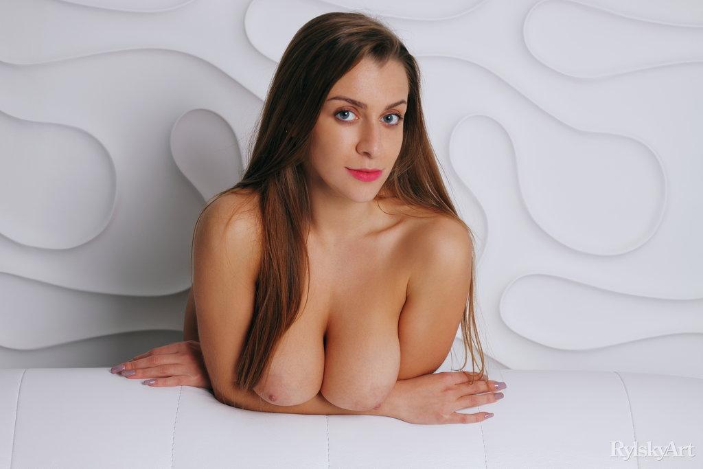 Sexy Ukrainian Busty Strip Hot Babe Teasing Watch Josephine Jackson 3