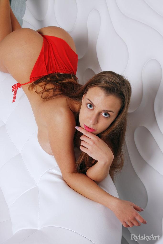 Sexy Ukrainian Busty Strip Hot Babe Teasing Watch Josephine Jackson 5
