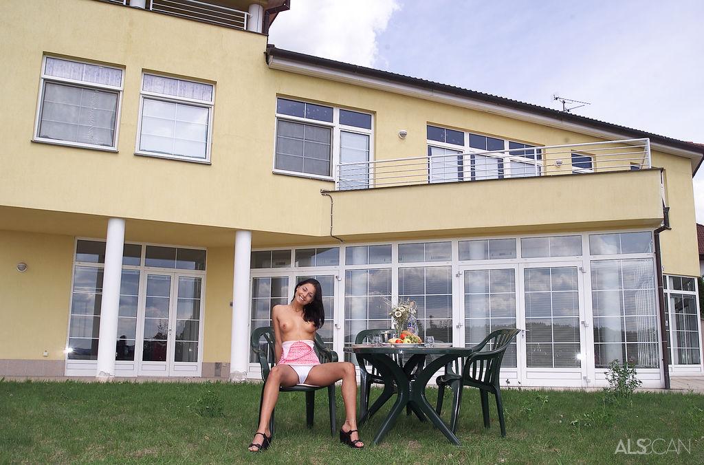 Smiley Brunette Hottie Alana Stripping Naked Outdoor (6)