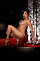 Stripteasing Women Watch Dark Haired Beauty Sunny Leone