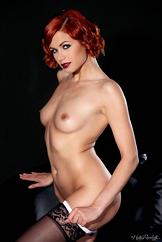 Sexy Strip Watch Gorgeous Redhead Babe Kami Arias