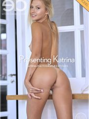 Exclusive Model Striptease Watch Hot Chick Katrina